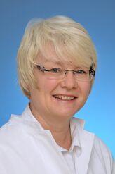 PD Dr. Katrin Farker, Fachärztin für Klinische Pharmakologie in der Apotheke des UKJ, erhielt den 1. Posterpreis der Gesellschaft für Arzneimittelanwendungsforschung und Arzneimittelepidemiologie (GAA) e.V. (Foto: UKJ / Medienzentrum)