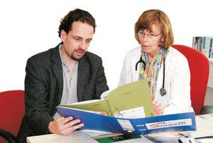 In dem interdisziplinären Sepsis-Nachsorge- programm stand ein Liaison-Arzt den Hausärzten mit klinischem Rat zur Seite. Foto: UKJ